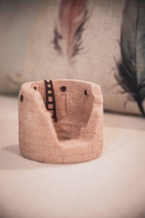 Kiva: with Pinon natural wood incense.